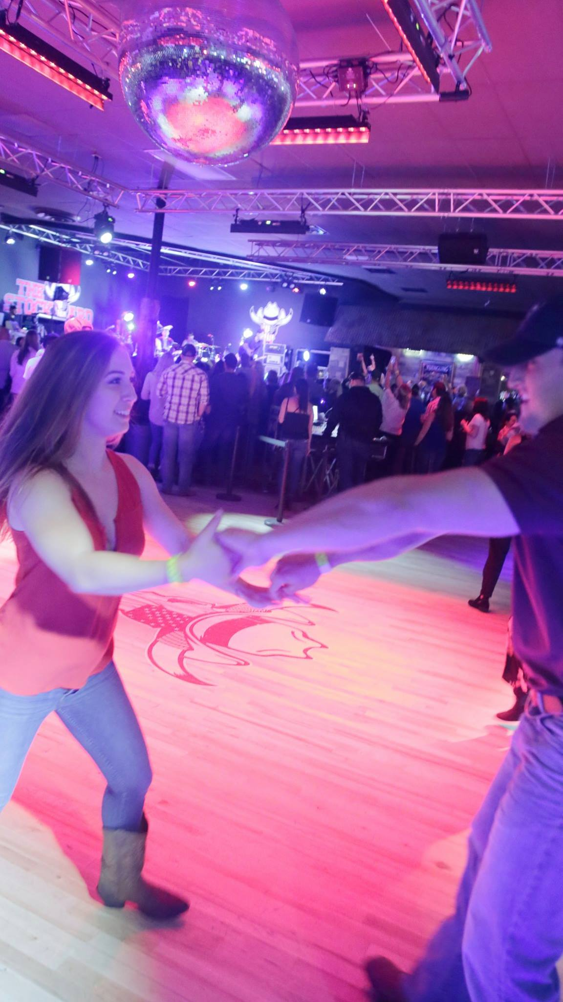 Couples Dancing | Stockyard Live
